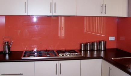 Glass in kitchen installed by the experts