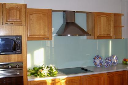 Glass splashbacks for the kitchen installed by the experts